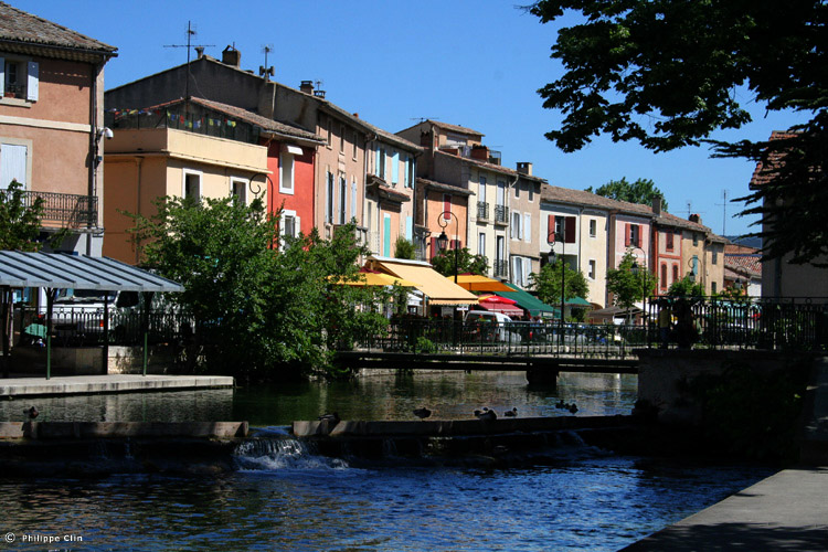Of french markets again arnaud 39 s language kitchen - Isle sur la sorgue brocante ...
